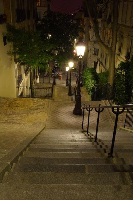 escaliermontmartre.jpg